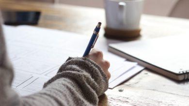 صورة رهاب الكتابة.. حين يرغب قلبك ويأبى قلمك أن يُرفع